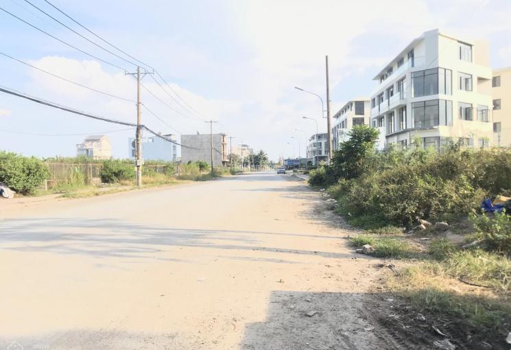 Bán đất mặt tiền Bưng Ông Thoàn - Q9, ngay KDC Park Riverside, DT 328m2 (11,7mx28m), giá 15,3 tỷ