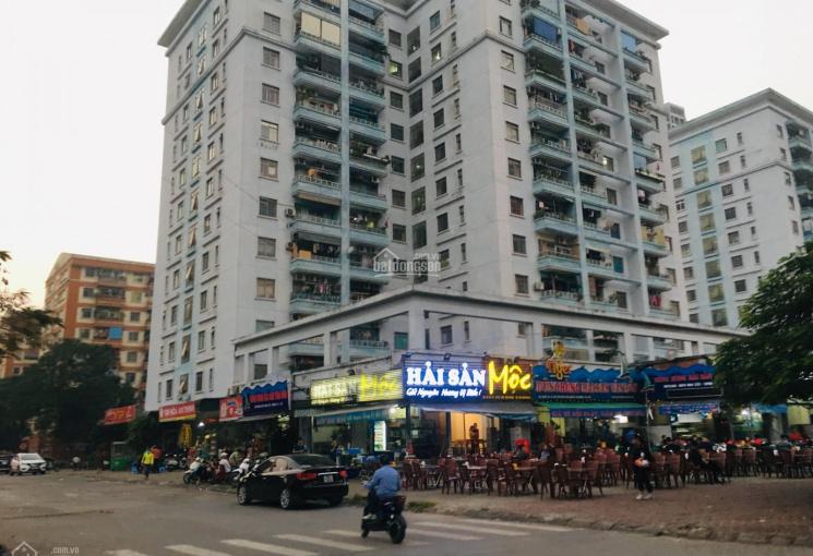 Bán nhà riêng 5T mặt phố KĐT Văn Quán, Hà Đông kinh doanh sầm uất, để lại nội thất. Giá bán 9,5 tỷ