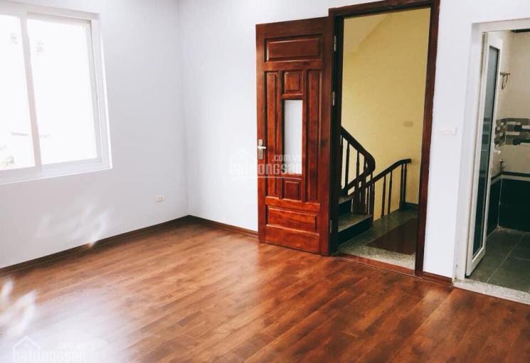 Tôi cần bán gấp nhà Đại Tự, Kim Chung, Hoài Đức, 39m2, MT 4m, nhà 3 tầng, LH 0978204236