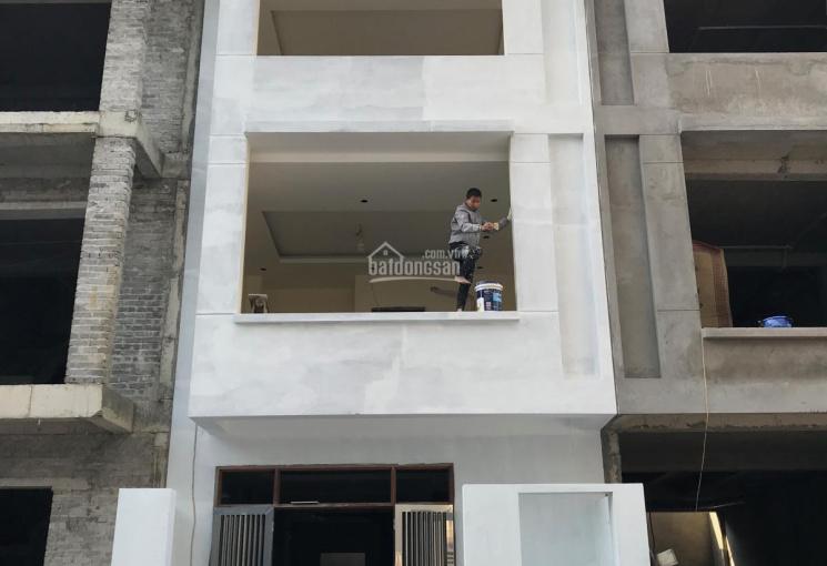 0967707876 cho thuê căn liền kề C14 dự án khu nhà ở lữ đoàn 26 QCPKKQ Định Công, Hoàng Mai, Hà Nội