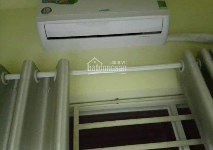 Phòng trọ có gác, máy lạnh, tollet riêng, kệ bếp tại bình thạnh