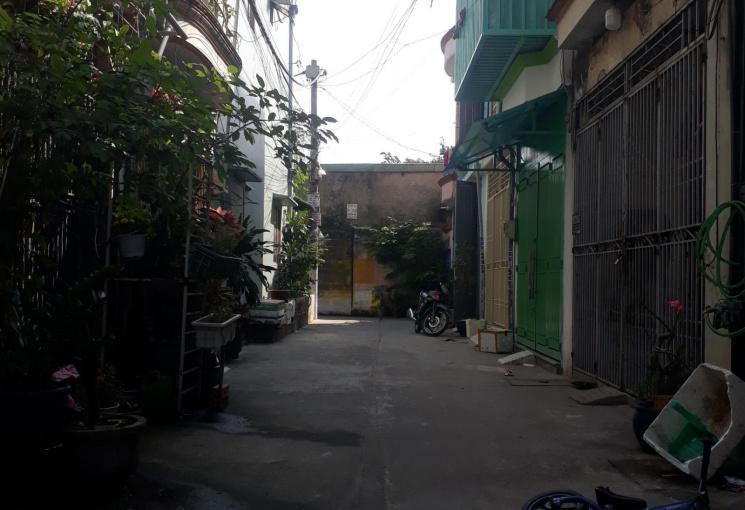 Bán nhà 1 trệt, 1 lầu, ngay Nguyễn Văn Quá, P. Tân Hưng Thuận, Q12