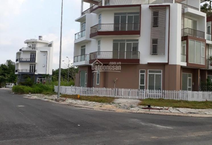 Cần tiền bán gấp nền kế lô góc, vị trí đẹp nhất dự án The Star Village LH 0932.061.678