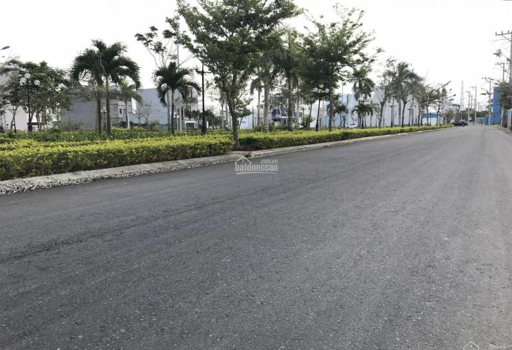 Mua đất 2 mặt tiền giá chỉ bằng lô ống, chỉ có tại KĐT Nam Hòa Xuân - Đà Nẵng. LH: 0905656086
