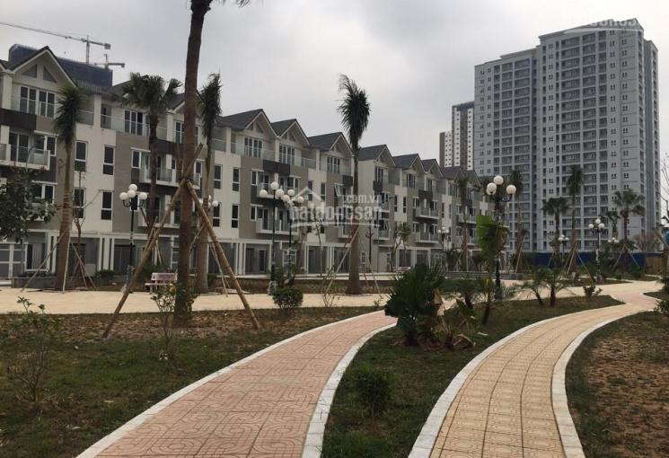 Cần bán nhà biệt thự Phùng Khoang, 155m2 x 3,5 tầng thô, đông nam, 106tr/1m2, 0976464618