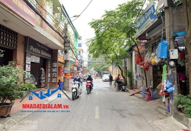 Cần bán 100m2 nhà 2 tầng mặt phố Hoa Lâm, Long Biên. LH 097.141.3456