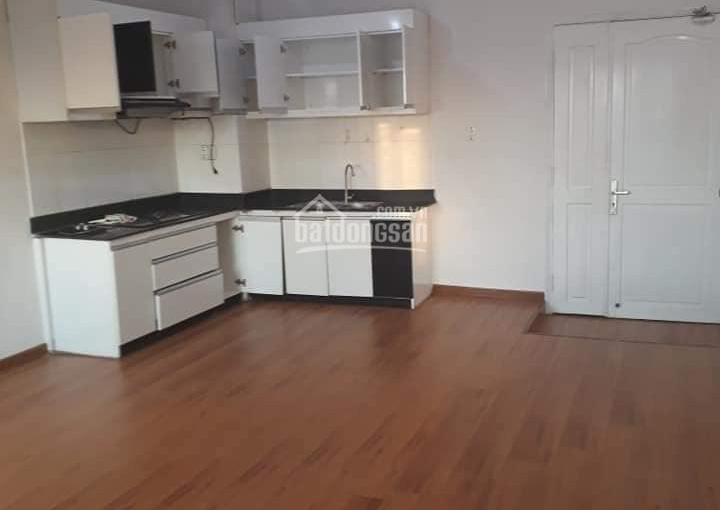 Cho thuê căn hộ view sông MT đường Bến Vân Đồn, Q4, 3PN, 2WC, 110m2, giá 14 triệu/th. LH: 0933626*