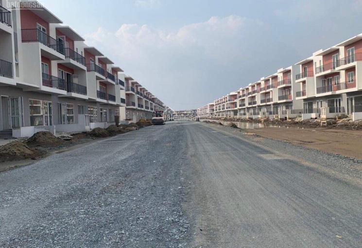 Bán nhà mặt phố đường 20m dự án Dragon Village 7 x 15m shophouse đường 20m nối ra Nguyễn Duy Trinh