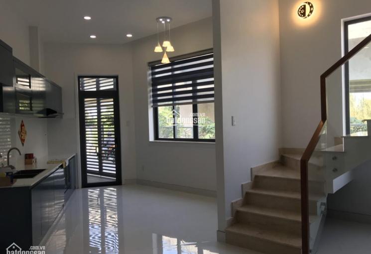 Chỉ trong tháng 5, bán giá 18 tỷ, căn nhà MT Hòa Hưng, P.13, Q.10 (4x20m, Đông Nam) - 0903661158
