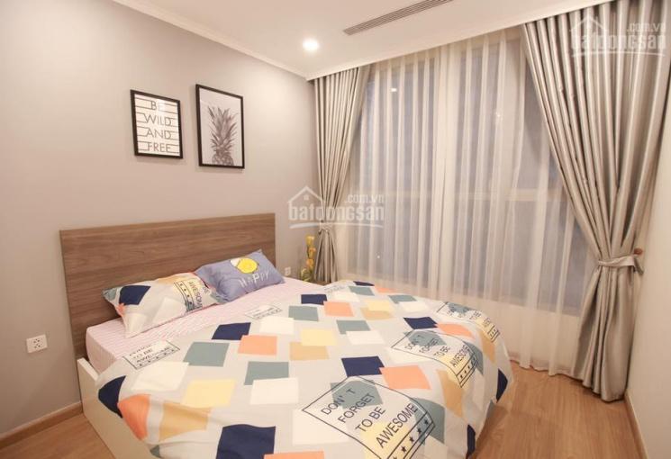 Cực rẻ cho thuê 2 căn hộ CT8 The Emerald, 2 PN 80m2 đồ cơ bản và full đồ đẹp 10tr/th, 0969029655