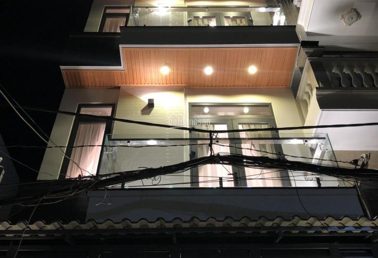Siêu phẩm nhà phố Đường Phạm Văn Chiêu giá học sinh DT 4.2x13m, hẻm 8m khu VIP, giá 5 tỷ xxx