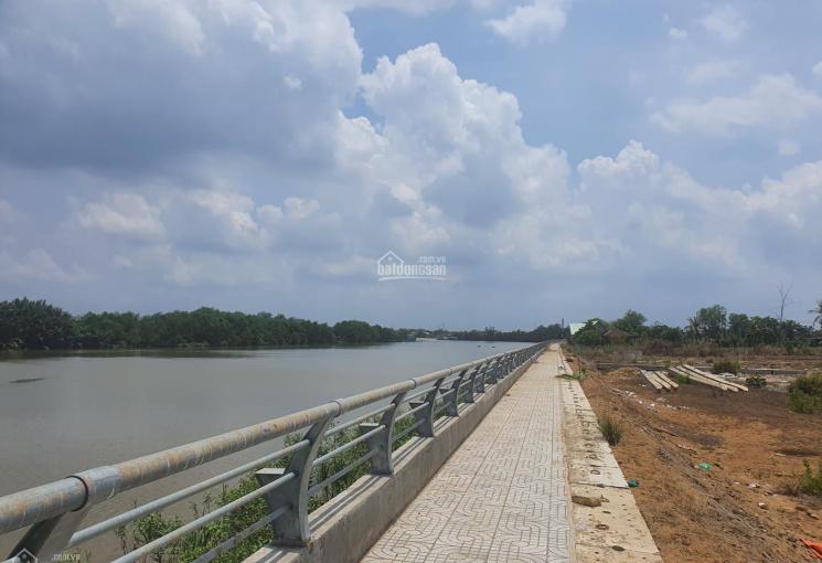 Nhà vườn hẻm 274 đường Nguyễn Văn Tạo, view sông, đang làm bờ kè