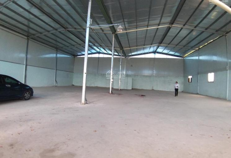 Cho thuê xưởng 750m2 gần KCN Đại Đăng, 35tr/ tháng. LH 0944066488