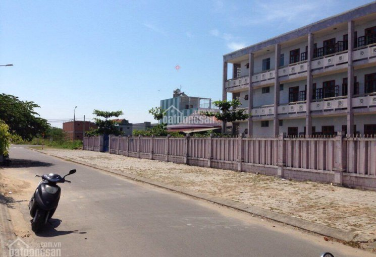 Bán đất mặt tiền đường Trần Hữu Duẩn đối diện trường tiểu học Trần Văn Dư, hướng Nam, sát công viên