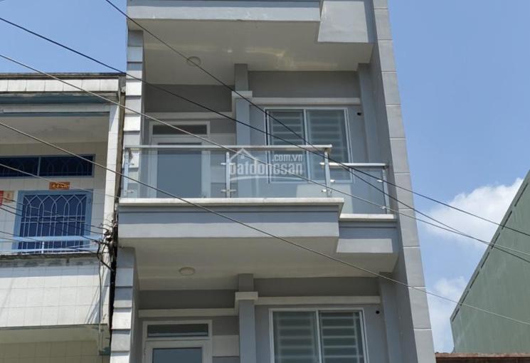 Bán nhà MT KDC Bình Phú 1, gần Hậu Giang- Bình Phú, DT 4,6x16m, 2 lầu, sân thượng