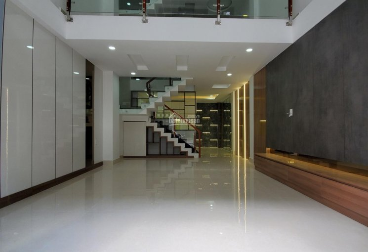 Bán nhà 1 trệt 1 lửng 3 lầu Tô Ngọc Vân, Thạnh Xuân, Q12, sát Gò Vấp