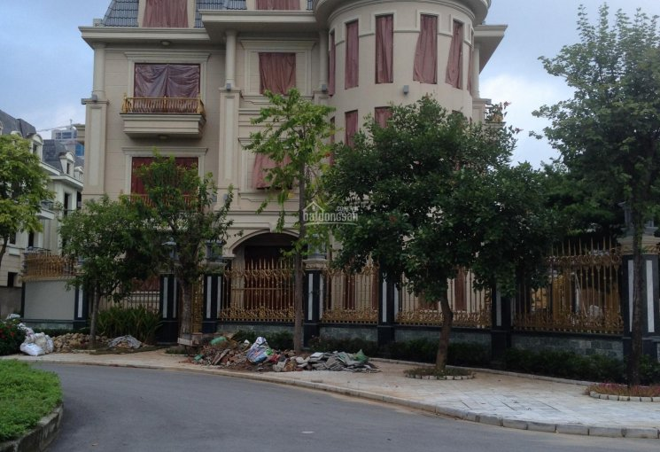 Bán liền kề KĐT Văn Khê, nhà hoàn thiện đang ở, giá 6,3tỷ, DT = 82.5m2