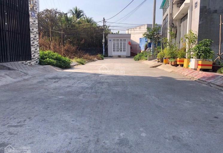 Đất hẻm 8m ô tô vi vu Võ Văn Hát, Long Trường, Quận 9, DT 65,8m2, giá 2,650 tỷ
