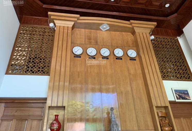 Cần bán khách sạn 7 tầng đường Dương Khuê, Ngũ Hành Sơn, Tp Đà Nẵng 27 phòng. LH: 0935572689