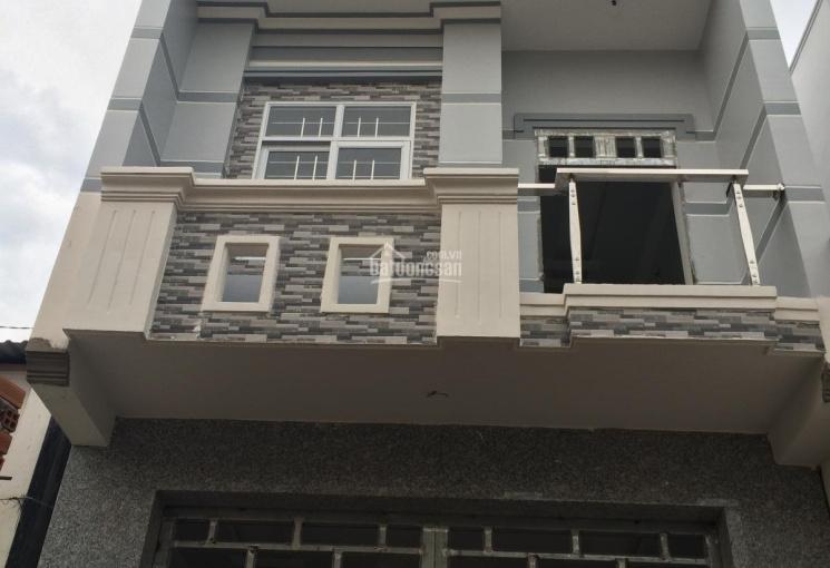 Kẹt tiền bán gấp nhà 3 tầng, DT 3,5x15m, có sân trước, sau nhà, sổ hồng, hỗ trợ vay NH 70%