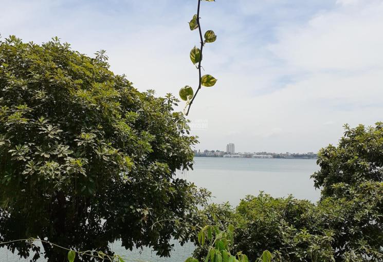 Bán 300m2 đất mặt Hồ Tây, phố Trích Sài, mặt tiền 12m, giá 120 tỷ. LH 0961668362