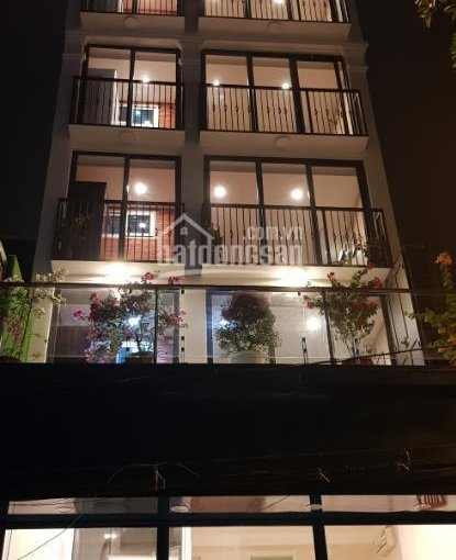 Bán nhà mặt phố Yên Phụ view Hồ Tây, sổ đỏ 85/100m2, xây 8 tầng, lô góc ba mặt thoáng, giá 35 tỷ
