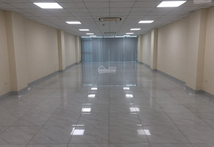 Cho thuê văn phòng tại Tô Vĩnh Diện 120m2 thông sàn, giá thuê 20 triệu/tháng