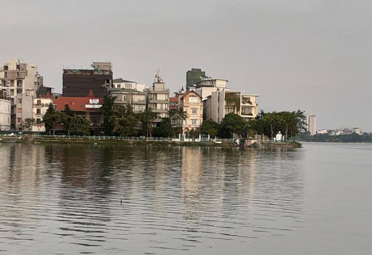 Bán nhà mặt Hồ Tây khu Trích Sài, Nguyễn Đình Thi, DT 300m2, MT 12m, giá 120 tỷ. LH 0961668362