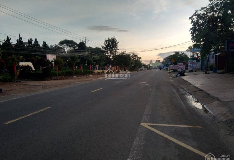 Bán đất MT hẻm 6m sau lưng ủy ban nhân dân xã Ninh Gia - Đức Trọng - Lâm Đồng. 935m2, giá 2.5 tỷ