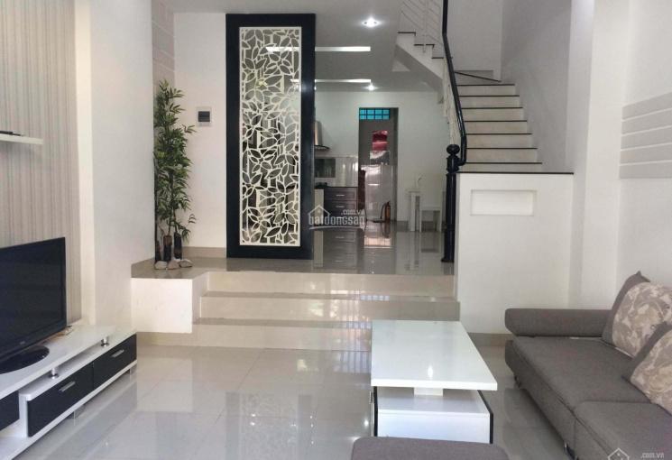 Cho thuê nhà nguyên căn 2 phòng khép kín khu Phạm Văn Đồng, giá 12 triệu/tháng - Toàn Huy Hoàng