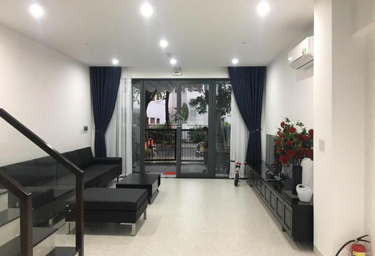 Cho thuê nhà phố Euro Village 4 phòng ngủ nội thất đẹp giá 23 triệu - Toàn Huy Hoàng
