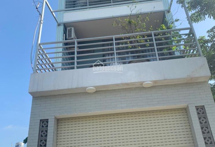 Bán nhà 1 trệt 2 lầu đường Nguyễn Xuyển gần Vincty Q9
