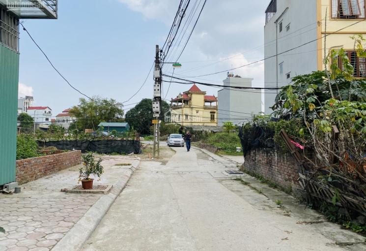 Bán gấp 68m2 đất đấu giá Đông Dư, Gia Lâm, đường 8m có vỉa hè 2m. LH 0987498004