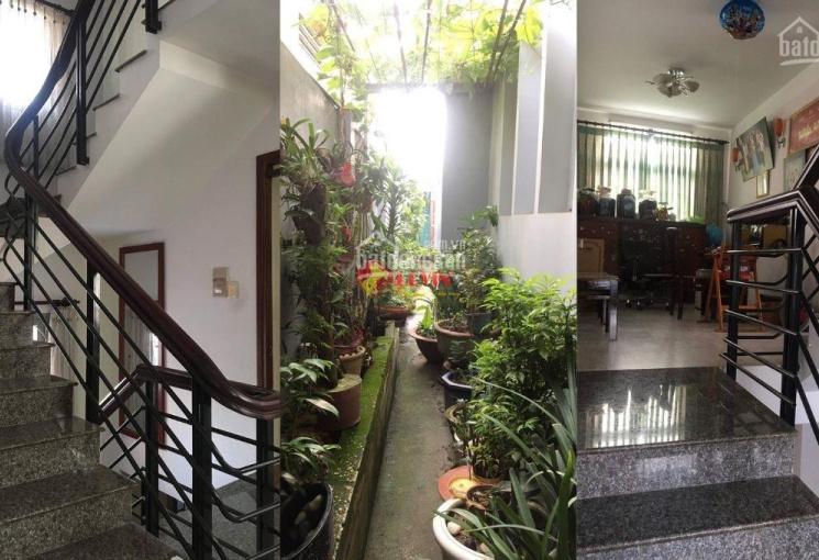 Bán villa mặt tiền Lê Văn Thịnh, Quận 2 18.5 tỷ - 0905747886
