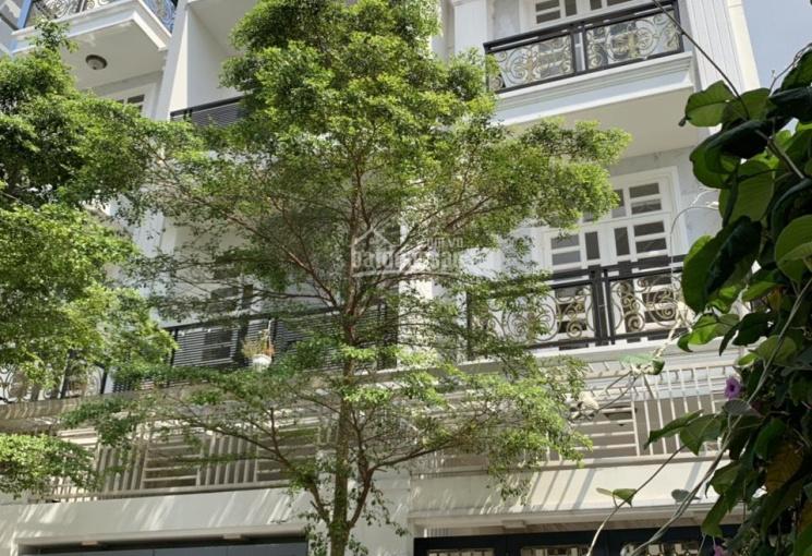 Bán nhà 1 trệt 3 lầu 64m2 cách Coop Mart Bình Triệu 100m đi bộ giá 6.1 tỷ