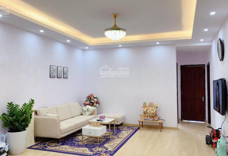 Cần bán căn hộ 96,5m2 chung cư CT2 Văn Khê có 3 phòng ngủ, giá 1.8 tỷ, LH 0978866413