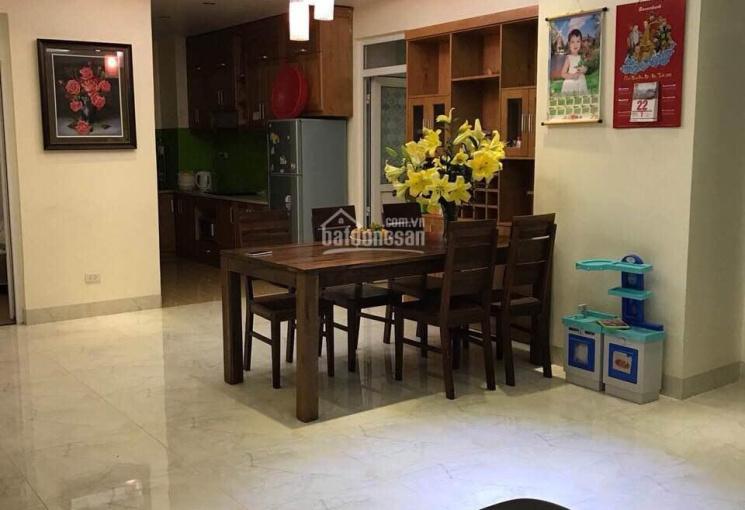 Cho thuê chung cư Usilk City, Văn Khê, DT = 165m2, giá 10tr/tháng, full nội thất đẹp