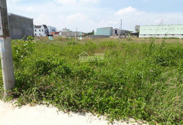 Hiện cần bán 100m2 đất thổ gần chợ Long Hậu, 1,1 tỷ sổ hồng riêng