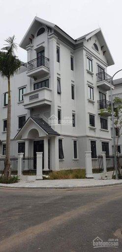 Chính chủ bán nhà biệt thự 90m2 lô góc 3 mặt thoáng đường Duy Tân, Cầu Giấy, Hà Nội