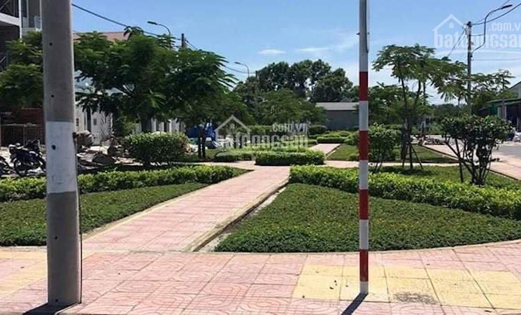 Bán đất mặt đường D3-N3-10 khu TĐC K8 Cam Hải Đông - Cam Lâm, giá chỉ 27.9tr/m2, LH: 0925571894