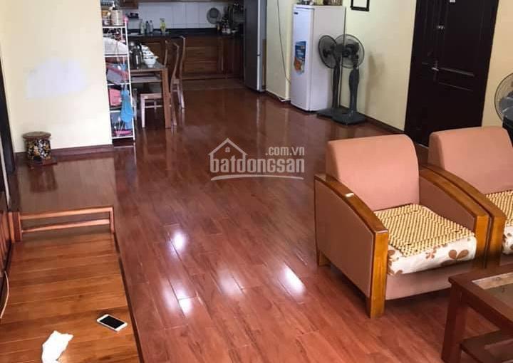 Tôi cần bán căn hộ 68m2 chung cư Văn Khê, La Khê, Hà Đông, Hà Nội. Thiết kế căn hộ có 2PN và 1wc