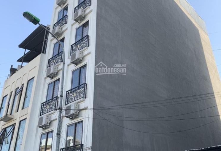 Bán phòng trọ, CCMN ô tô Phan Đình Giót 155m2 x 8 tầng, DT 140 tr/th, giá 19 tỷ thang máy, 41 phòng