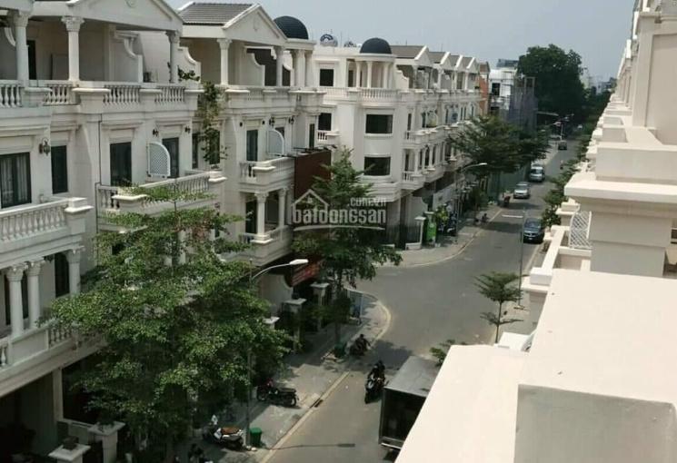 Nhà cao cấp cần bán hẻm 1/ đường số 6 phường 11 Gò Vấp dt: 5 x 20m đúc 4 tấm, giá 17,9 tỷ
