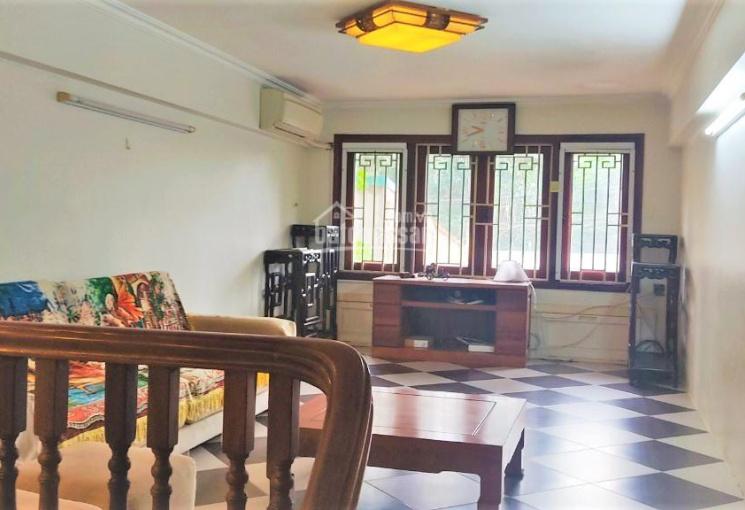 Cho thuê nhà phố Đặng Thai Mai, ô tô vào nhà, giá 20 triệu/tháng có giảm sâu. L/H 0989734734