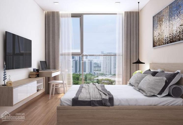 Bán gấp căn hộ The Gold View, Q4, 92m2, 2PN, full, view hồ bơi, giá bán: 4 tỷ, LH: 0903 833 234