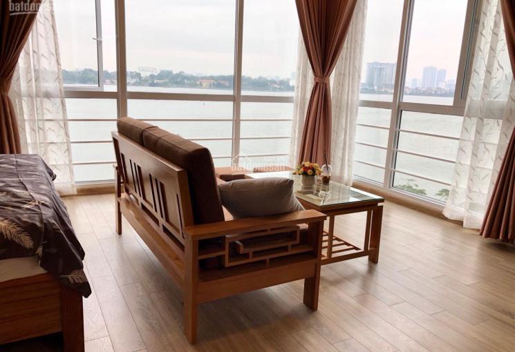 Bán nhà 5 tầng vị trí lô góc mặt Hồ Tây, mặt phố Vũ Miên, TÂY Hồ HN 45m2, mặt tiền 5.7m, giá 22 tỷ