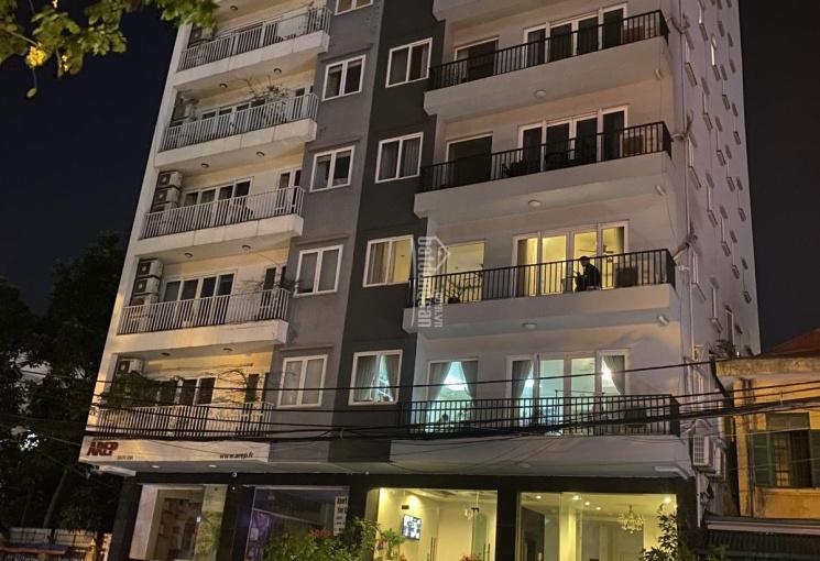 Bán toà căn hộ cao cấp mặt phố Trịnh Công Sơn Tây Hồ Hà Nội 200m2 xây 8 tầng MT 10m, giá 110 tỷ
