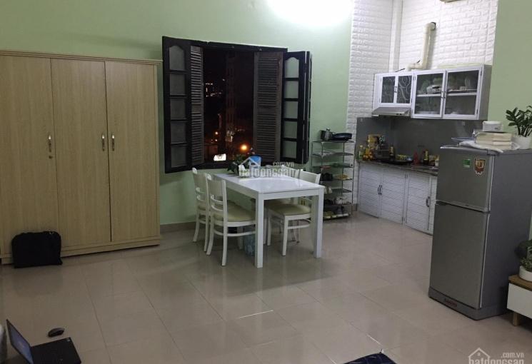 Cho thuê căn hộ 36m2 tại 4 Tô Hiến Thành, ngay Vincom Bà Triệu, LH: 0946850055