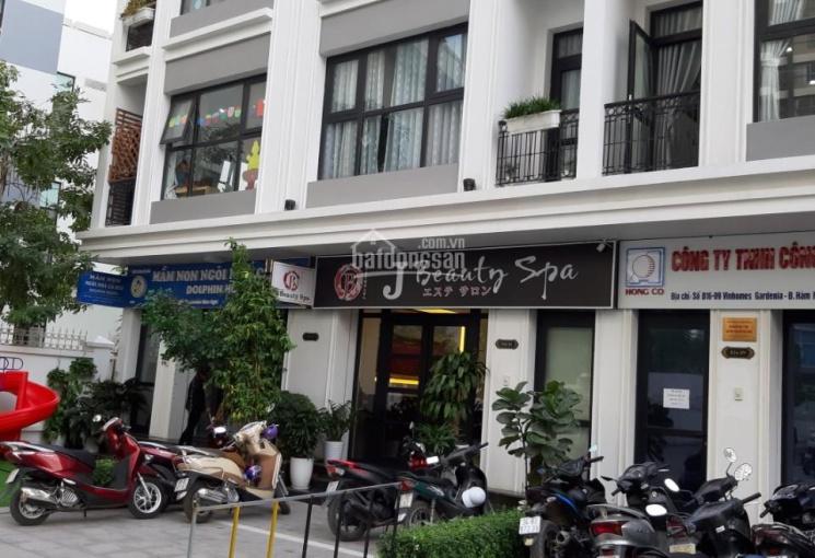 Cho thuê shophouse tại phố Hàm Nghi, DT 100m2 * 5 tầng, MT 6m, thông sàn, thang máy. Giá chỉ 45tr