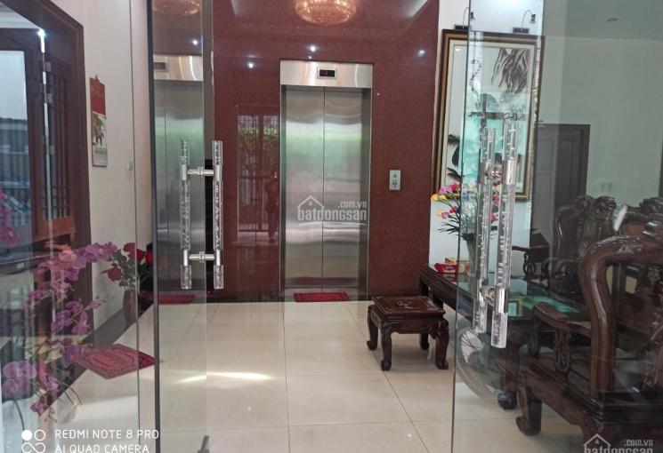 Cho thuê BT lô góc 4 tầng thang máy ngõ 409 Tam Trinh 172m2 làm VP KD, giá 30tr/ tháng full đồ